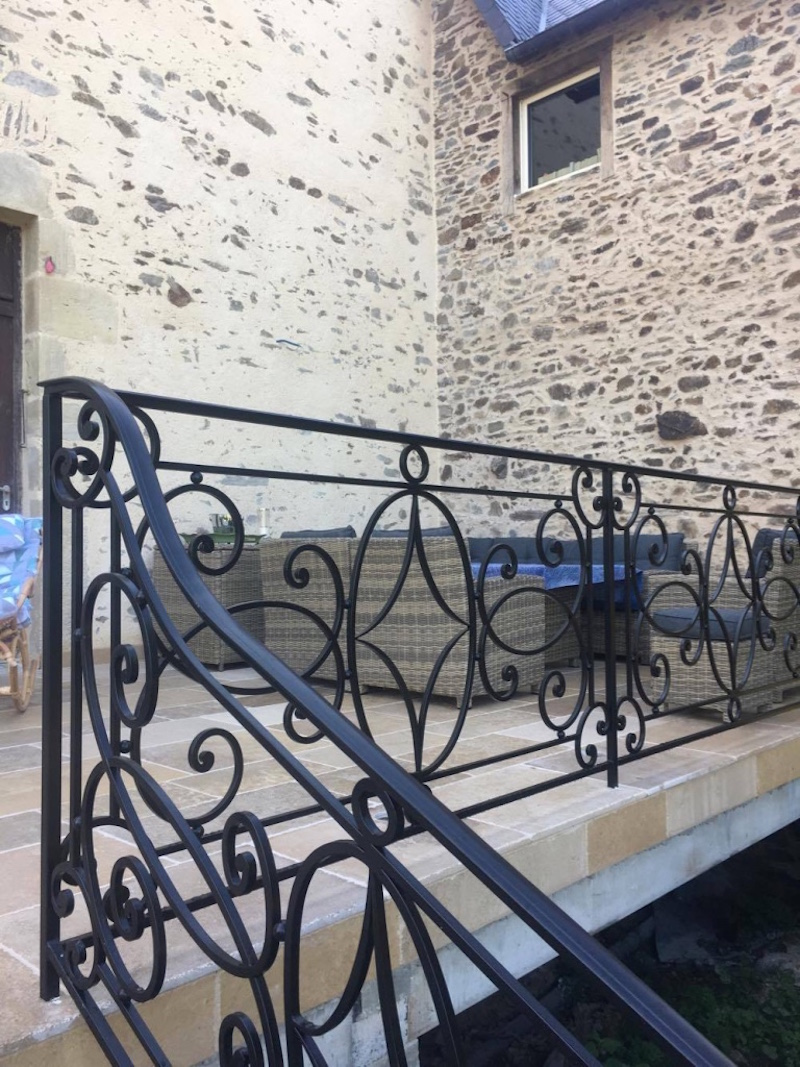 rambarde forge et ferronnerie industrielles artistiques lacoste forge fonderie. Black Bedroom Furniture Sets. Home Design Ideas
